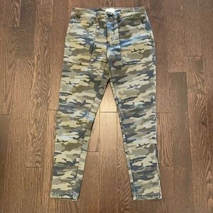Sanctuary stretch camouflage skinny pants 28